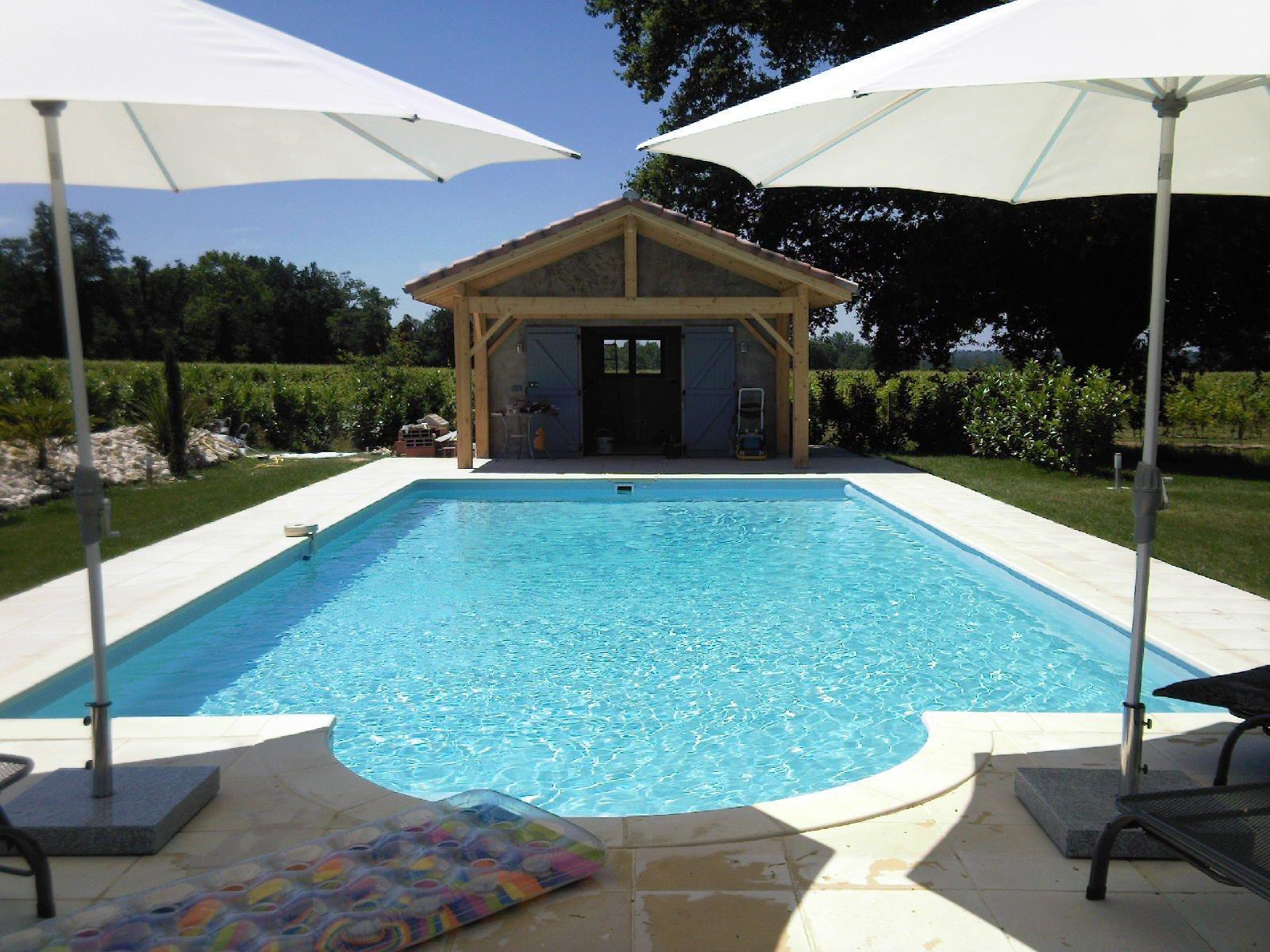 Vente gasconne entierement renovee et piscine for Piscine peyriac